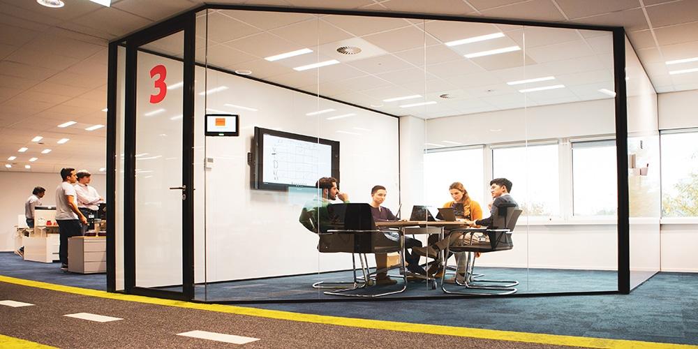 领导和经理如何帮助Scrum团队构建自组织性