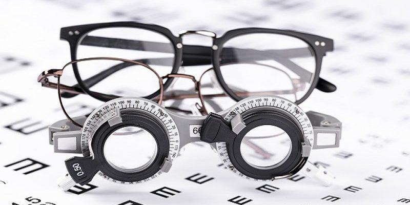 宝岛眼镜数字化转型